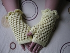 Crochet Fingerless Gloves Tutorial - Butterfly Stitch